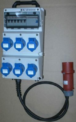 Quadro elettrico per fiera 6 prese 220 volt 16 amp Bianco