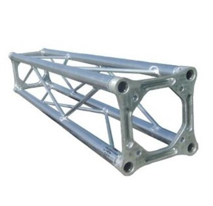 Traliccio in alluminio sezione quadrata da 18cm L 300cm