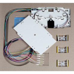 Cassetta di giunzione con 12 Pigtail LC multimodali OM3