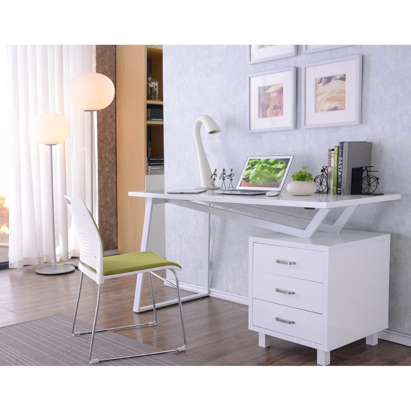 Scrivania Per Computer Bianco.Scrivania Per Computer Con Tre Cassetti Bianco Lucido Su