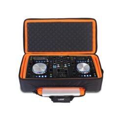UDG U9104BL/OR - ULTIMATE MIDI CONTROLLER BACKPACK LARGE BLACK/ORANGE